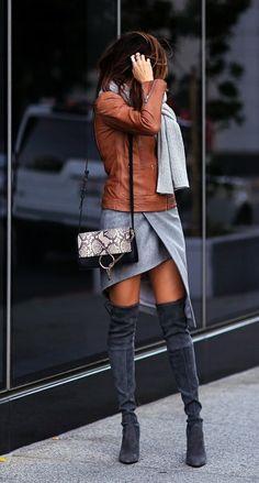 47 Stylish Brown Leather Jacket Outfits Ideas to Makes You Look Fashionable - Aksahin Jewelry Fashion Mode, Modest Fashion, Look Fashion, Womens Fashion, Fashion Trends, Fall Fashion, Street Fashion, Trendy Fashion, Fashion News