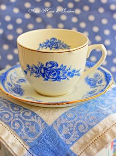 Aiken House & Gardens - definitely my cup of tea! Blue And White China, Blue China, Blue Yellow, Red And White, Tea Cup Art, My Cup Of Tea, Vintage Dishes, Vintage Tea, Yellow Cottage