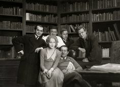 The cast of Metropolis including Fritz Lang.