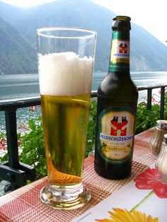 #Cerveza con vistas en Gandria, Suiza | Conoce otros lugares idílico para beber cerveza en decervezasporelmundo.wordpress.com