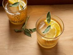 Party Drinks: Easy and Elegant Smoky Sage Punch Gin Recipes, Punch Recipes, Cocktail Recipes, Cocktails, Lapsang Souchong Tea, Holiday Punch, Thanksgiving 2020, Serious Eats, Party Drinks