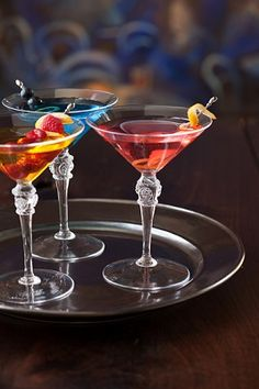 Impress your guests with some apres-dinner drinks a la Juliska, carefully crafted and beautifully served in one of our mouth blown glasses.