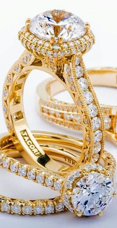 Tacori Yellow Gold Engagement Rings are Handcrafted in California. Each Yellow Gold Ring Features Solid Gold & Tacori's Iconic Crescent Design. Jewelry Rings, Jewelry Accessories, Fine Jewelry, Jewelry Design, Gold Jewelry, Gold Engagement Rings, Wedding Rings, Bling Bling, Ring Set