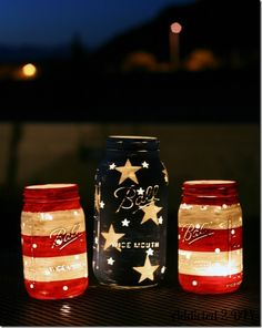 Stars and Stripes Lanterns by Mason Jar Crafts Love and other cute and easy Memorial Day, Fourth of July, Labor Day and patriotic DIY decorations!