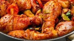 طريقة عمل افخاذ دجاج بالخضار وصلصة الطماطم - chicken drumsticks with veggies and tomato sauce recipe