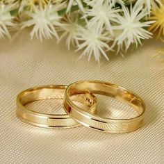 Untitled You are in the right place about beautiful wedding rings oval Here we offer you the most be Stacked Wedding Rings, Beautiful Wedding Rings, Wedding Rings For Women, Wedding Sets, Rings For Men, Engagement Rings Couple, Couple Rings, Gold Ring Designs, Wedding Ring Designs