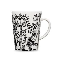 Iittala Taika Mug In Black White/black - Create a magical tablescape with Iittala's enchanting Taika Dinnerware Collection. Klaus Haapaniemi's bold, fantastical images on high-quality porcelain create an inspired look that will make any meal memorable. Black Dinnerware, Design Bestseller, Owl Patterns, Form Design, Black Bedding, Fantasy Illustration, Katana, China Porcelain, Decorative Items