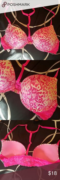 "V.s. pink lace bra V.s. pink ""heartbreaker plunge push up"" lace bra - snaps in front. In great condition. Removable straps. PINK Victoria's Secret Intimates & Sleepwear Bras"