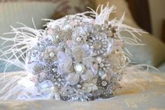 Absolutely love this idea for shabby chic/vintage inspired weddings and you can keep it forever!