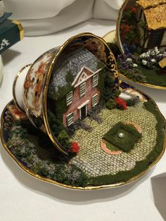 Miniature Rooms, Miniature Fairy Gardens, Tea Cup Art, Tea Cups, Tea Cup Planter, Cup And Saucer Crafts, Floating Tea Cup, Hobbies And Crafts, Diy Crafts For Kids