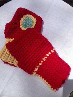 HP Craftalong ~Summer Semester 2013~ *Join at any time!* - Fingerless Iron Man Gloves ~ Apparition