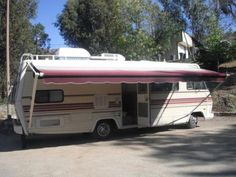 RvSell  » MOTORHOMES FOR SALE    1985 Winnebago Chieftain in California
