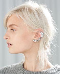 Zara Ear Cuff, Pearl and Stone Earrings. Black Stud Earrings, Cuff Earrings, Stone Earrings, Diamond Earrings, Ear Jewelry, Wedding Jewelry, Jewellery, Bijou Box, Women Accessories