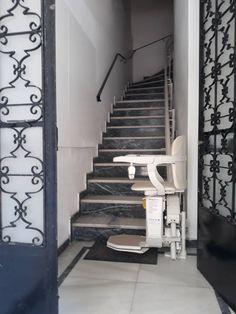 ΝΕΑ ΤΟΠΟΘΕΤΗΣΗ! Ένα ακόμα μοντέλο SIENA 260 για περιστροφικές σκάλες, τοποθετήθηκε σε 4όροφη κατοικία στον BΥΡΩΝΑ, από τους εξειδικευμένους μηχανικούς μας. Καλέστε τώρα για ΔΩΡΕΑΝ μελέτη του χώρου σας και λύστε οριστικά το πρόβλημα της μετακίνησης. Stairs, Home Decor, Stairway, Decoration Home, Room Decor, Staircases, Home Interior Design, Ladders, Home Decoration