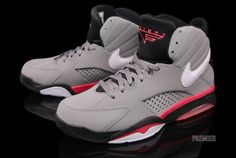 the latest 43c1e f5e4d Nike Air Maestro Flight Grey Solar Red Detailed Look