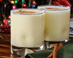 Healthy Holiday Eggnog Spiced Smoothie (use raw ingredients to keep it raw)