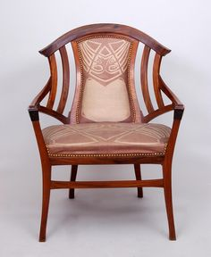 Henry Van De Velde (1863-1957) - Armchair. Wood and Upholstery. Executed by Atelier Arts and Crafts, The Hague.