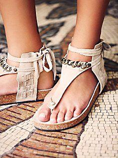 a838c73652bf Collins Footbed Sommer, Stil, Mode Für Frauen, Schuhe Absätze Stiefel,  Stiefel,