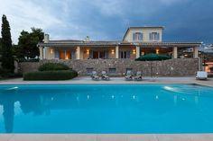Schau Dir dieses großartige Inserat bei Airbnb an: Luxurious Seaview Villa - Häuser zur Miete in Porto Cheli