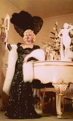 Mae West Admiring Her Reflection In Ravenswood Apartment Hollywood 1954 Minkshmink