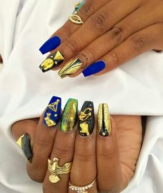 Gorgeous Egyptian nails by @customtnails1 ✨ Featured nail charms are available at DAILYCHARME.COM!