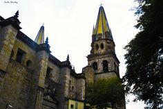 https://flic.kr/p/C6hrji | Costado de la catedral de Guadalajara. | Guadalajara, México.