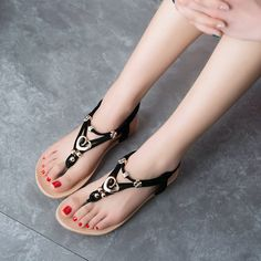 Women Summer Chic Beach Sandals Strap Bohemia Sandals Flat Flip Flops - US$16.74