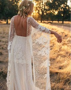 Adriana wears the Grace Loves Lace Verdelle gown. 70s Wedding Dress, Outdoor Wedding Dress, Classic Wedding Dress, Perfect Wedding Dress, Grace Loves Lace, Bridal Gowns, Wedding Gowns, Lace Wedding, Wedding Hair