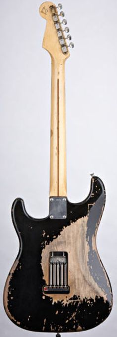Blackie - Eric Clapton's main Stratocaster--------THE BLACKIE---WOW !!!!