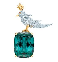 WOW This new Tiffany bird brooch is stunning!