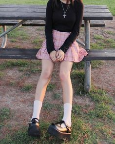 Outfits Kawaii, Kawaii Clothes, Edgy Outfits, Grunge Outfits, Girl Outfits, Fashion Outfits, 90s Fashion, Preppy Outfits, Pastel Goth Clothes