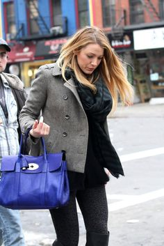 Blake Lively carrying the Mulberry Bayswater Bag