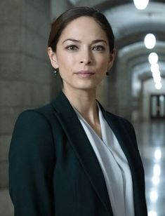 Photo From The Edge Magazine - February 2021. Kristin Kreuk, Smallville, Executive Producer, Powerful Women, Supergirl, Most Beautiful Women, Beauty And The Beast, Photo Credit, Things To Think About