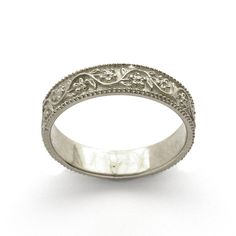 Vintage Style Floral Wedding Band in 14k White Gold