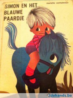 Simon en het blauwe paardje (Simon and the little blue horse) illustrated by Mariette Vanhalewijn