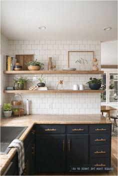 Classic Kitchen, Rustic Kitchen, Diy Kitchen, Kitchen Interior, Kitchen Decor, Kitchen Ideas, Awesome Kitchen, Kitchen Shelves, Kitchen Cabinets