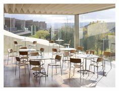 Zenith Interiors: Lip Chair