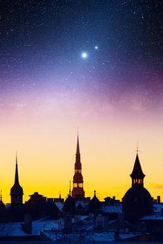 Beautiful shot of Riga by night.