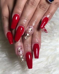 Tyra Banks' Iconic Style Moments, In Custom Don Morphy Suits [Video] Neon Pink Nails, Red Acrylic Nails, Acrylic Nail Designs, Nail Art Designs, Red Nails With Glitter, Hallographic Nails, Coffin Nails, Cute Nails, Pretty Nails