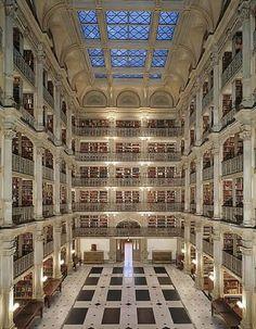 serdar, maryland'e gitmek için en güzel sebep! George Peabody Library, Baltimore, Maryland, USA.