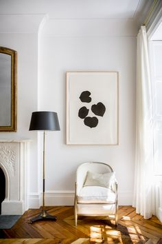 Home design ideas / Home inspirations |  You really need to let the light in. Place an armchair next to a window and there you have your perfect reading corner!