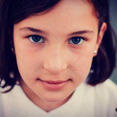 Reportaje infantil, recuerdos para compartir. 📷  #almonte #barcelona #cariño #compartir #canon #emayte #emaytecom #familia #fotografía…