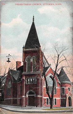 Presbyterian Church, Ottumwa, Iowa - Old Postcard