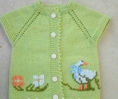 bebek örgüleri ile ilgili aramalar anlatımlı bebek örgüleri bebek örgüleri erkek bebek örgüleri instagram bebek örgüleri 2018 bebek örgü modelleri kolay anlatımlı bebek yelekleri son model bebek yelekleri açıklamalı bebek örgü modelleri ve yapılışları Baby Knitting Patterns, Baby Patterns, Knit Baby Dress, Moda Emo, Vest Pattern, Crochet Crop Top, Dresses Kids Girl, Crochet For Kids, Clarks