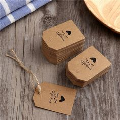 Gift labels - Made with Love Sign Paper Kraft Paper Tags Head Label Luggage Wedding Party Note DIY Blank Price Hang tag Kraft Gift Hang – Gift labels Paper Tags, Kraft Paper, Diy Birthday, Birthday Gifts, Handmade Gift Tags, Diy Gift Tags, Gift Labels, Label Tag, Christmas Gift Tags