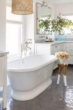 Master Bathroom Tub, Girl Bathrooms, Bathroom Inspo, Bathroom Layout, Bathroom Ideas, Bathroom Things, Bathroom Goals, Simple Bathroom, Stand Alone Tub