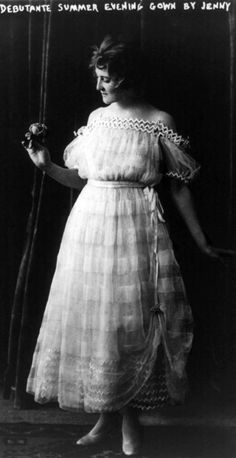 Evening gown for a debutante by Jenny, ca. 1916. Library of Congress