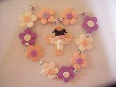 Decenario de flor niña Biscuit, Baby Girl Crochet, Pasta Flexible, Polymer Clay Projects, 2nd Baby, First Communion, Fun Crafts, Presents, Party