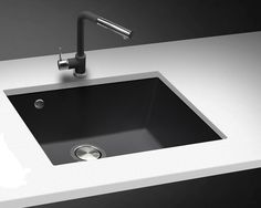 Telma Composite sink ON 4110 Black undermount . Grey Kitchen Sink, Bistro Kitchen, Kitchen Cabinets Decor, Kitchen Taps, Granite Kitchen, Kitchen Countertops, Kitchen And Bath, Black Undermount Sink, Undermount Bathroom Sink