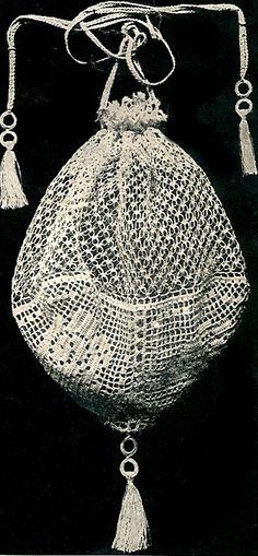 vintage evening filet opera bag pattern . vintagehomearts.com